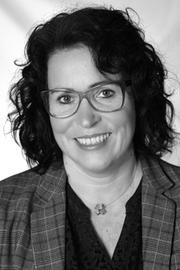 Simone Kropp (SL)
